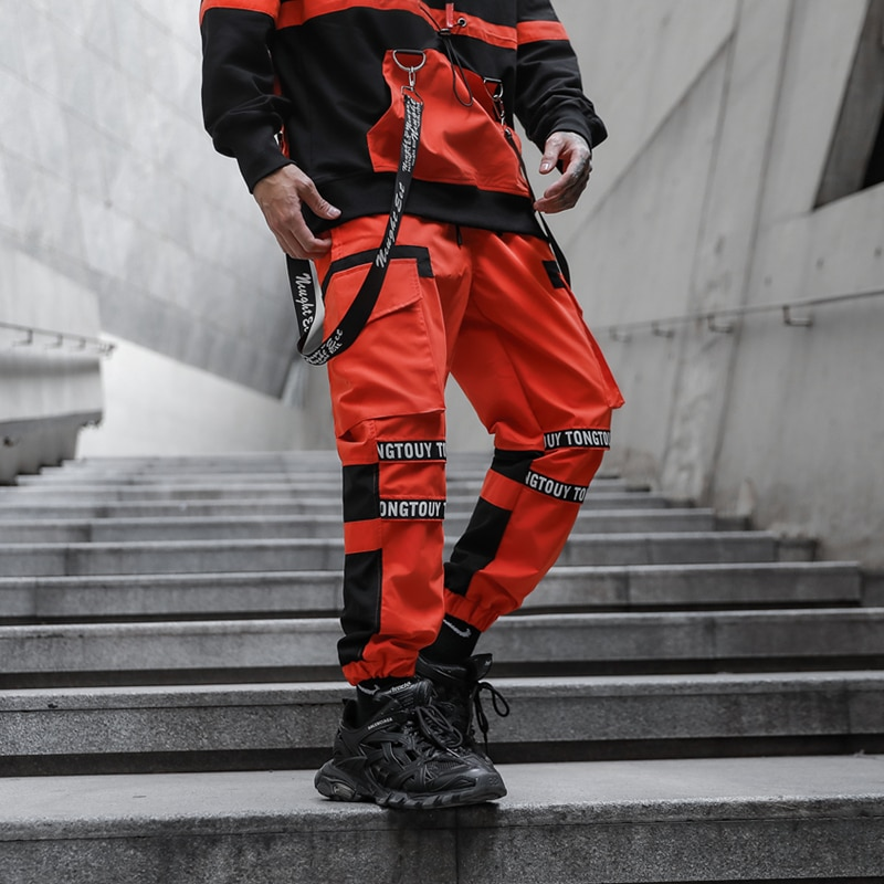 How to Buy Red Cargo Pants