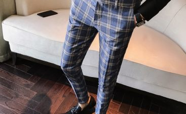 """For those men who are more in the """"sporting apparel"""" style, striped pants are the perfect match. The right pair of striped pants can make a man look cool and trendy and can"""